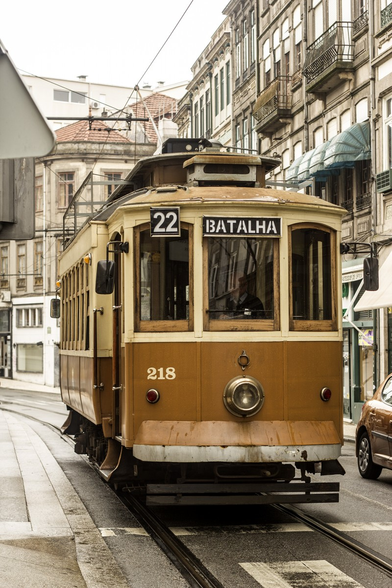 porto tramwaj 800x1200 - Portugalia
