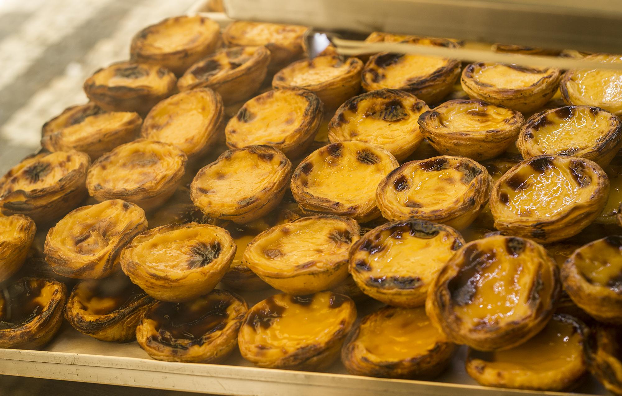 Pastel de nata - najpopularniejsze ciastko Portugalii